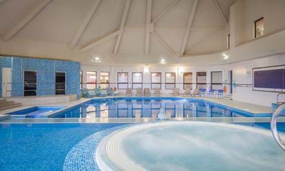 swimming pool doubletree by hilton the westerwood