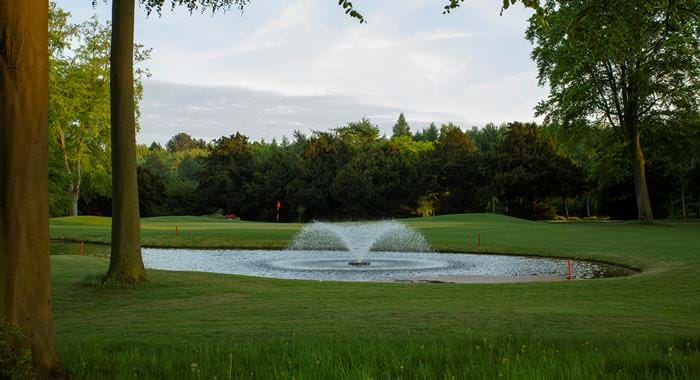 golf course fountain doubletree by hilton forest pines